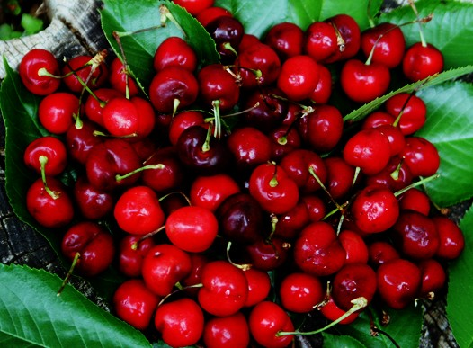 Using fresh cherries rather than canned cherry pie filling cuts out the sugar.