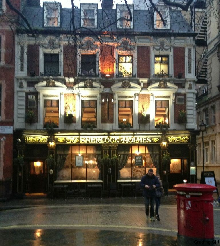 an authentic London pub . . . we ate here twice!